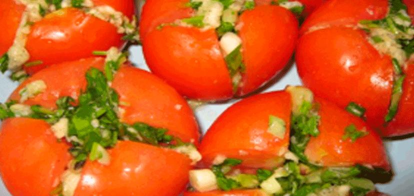 pomidori_s_nachinkoi_na_zimu