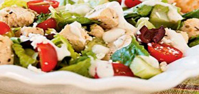 grecheski_salat_s_kuricei